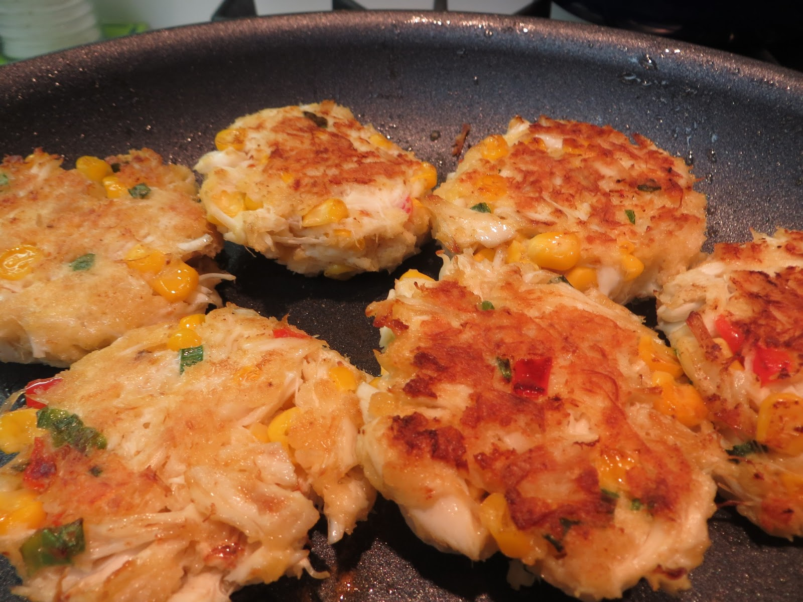 Delicious Adventures Serious Eats J Kenji Lopez Alt S The Best Crab Cakes