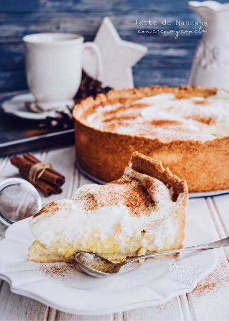 tarta de manzana con crema y canela