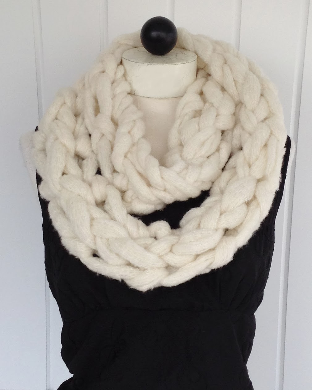 A Whole New Premier Arm Knitting Couture Jazz Infinity Scarf