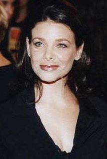 Meredith Salenger
