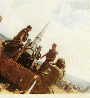 Vietnam War Photo from Walter Bradley c.1970-71: Fire Mission