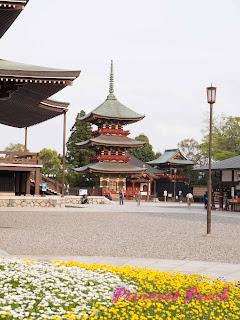 成田山新勝寺三層塔