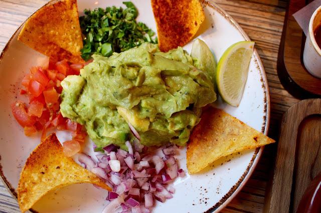 las Iguanas holy guacamole