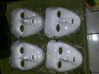 koleksi topeng