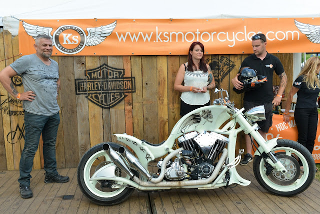 kustom store motorcycles macadam motors 2016 remise des prix du show bike. Black Bedroom Furniture Sets. Home Design Ideas