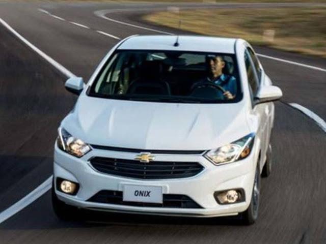 Novo Chevrolet Onix 2017 LTZ Branco