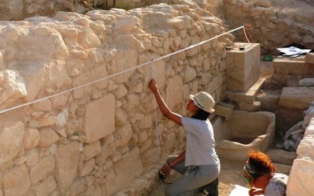 Προσλήψεις δυο αρχαιολόγων στην Εφορεία Αρχαιοτήτων  Αργολίδας (προκήρυξη)