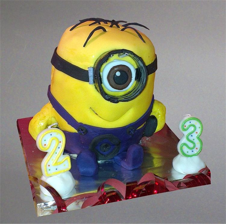 Minion Torte 2