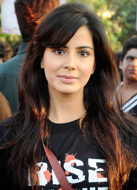 Kirti Kulhari Wiki Biography Dob Age Height Weight Affairs Net Worth And More Famous