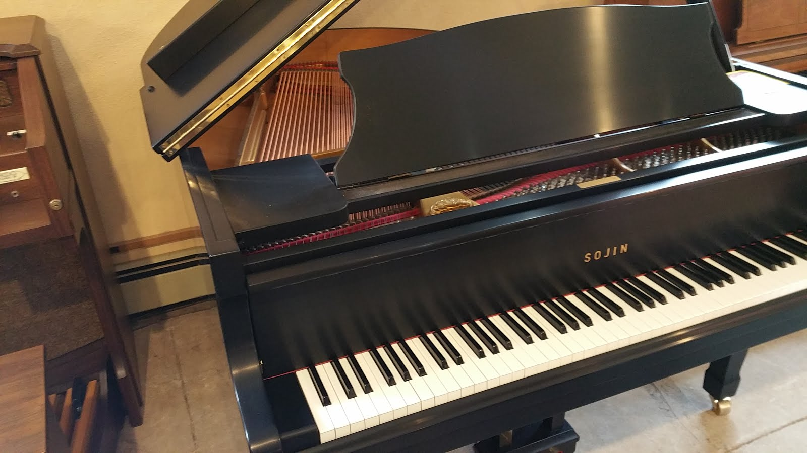 used sojin 5 39 2 baby grand piano used pianos and keyboards. Black Bedroom Furniture Sets. Home Design Ideas