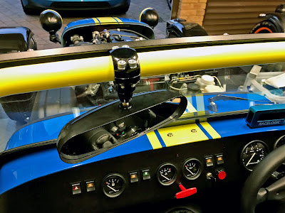 SPA centre mirror fitted to roll cage using a DPR mirror mount