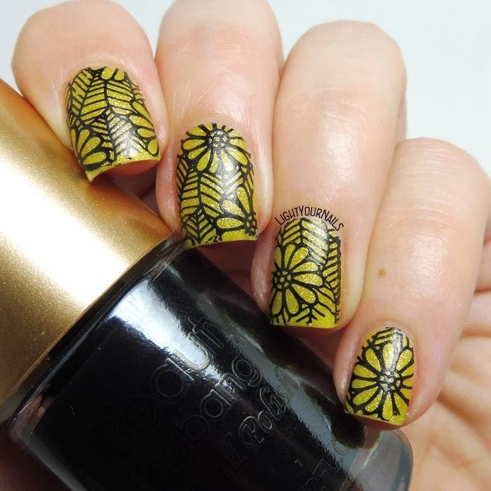 Black and yellow flowers nail stamping feat. BeautyBigBang black stamping polish #nailart #nailstamping #lightyournails