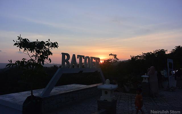 Landmark Batoer Hill Resort & Resto Yogyakarta kala senja