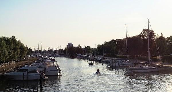 vene boat purjehdus joki