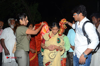 Actress Sri reddy (apthatrust director) Distrubuted Blankets for Orphans at Sai Baba Temple  0044.JPG