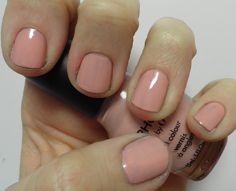 Handtastic Intentions: Swatch and Review of Sephora by OPI