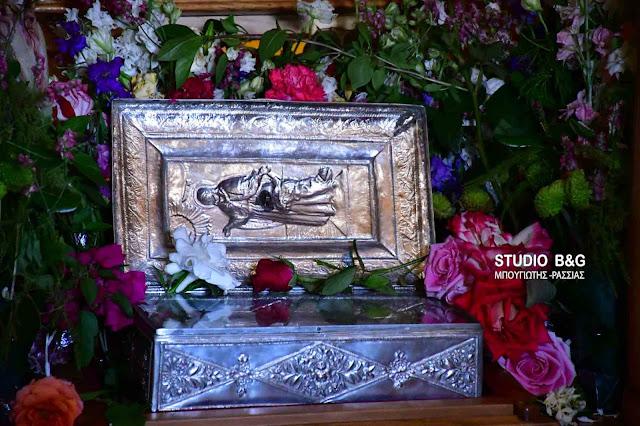 """Ναύπλιο: Έληξαν οι εορταστικές εκδηλώσεις """"Κωνσταντίνεια 2018"""" - Αναχώρησε το Ιερό Λείψανο της Αγίας Άννης (βίντεο)"""