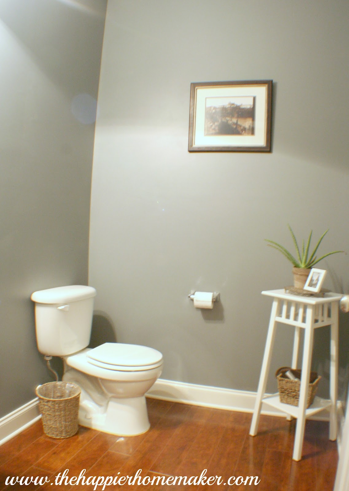 Powder room paint update the happier homemaker - Colors for small rooms ...