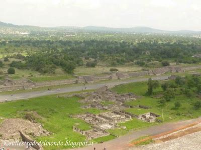 Teotihuacan vista dalla Piramide del Sole