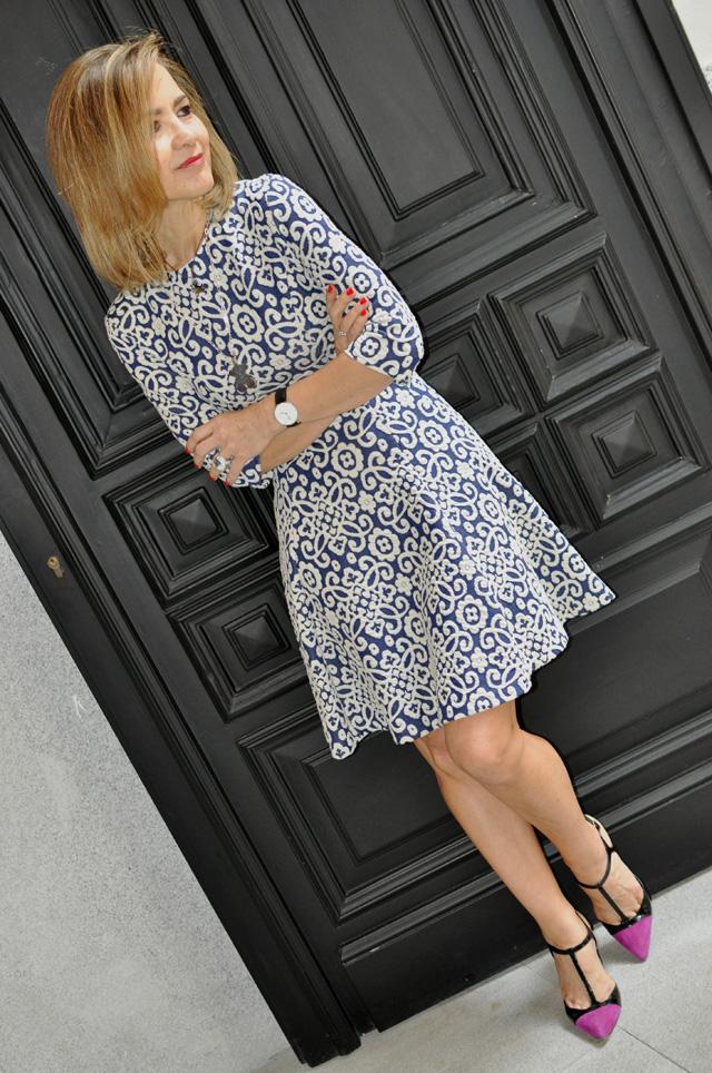 how to wear ladylike dress