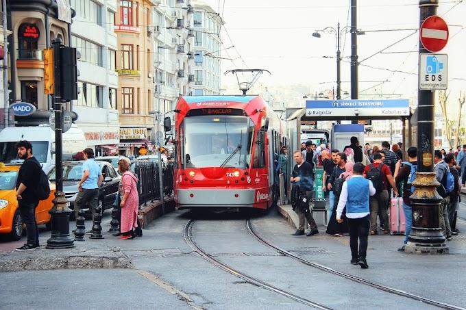 Keliling Istanbul Dengan Tram