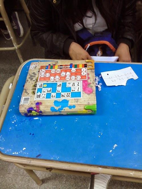 la actividad que han de realizar los alumnos es simple de los 15 nmeros del cartn con el cual hayan jugado debern seleccionar diez nmeros y la - Tabla Periodica En Material Reciclable
