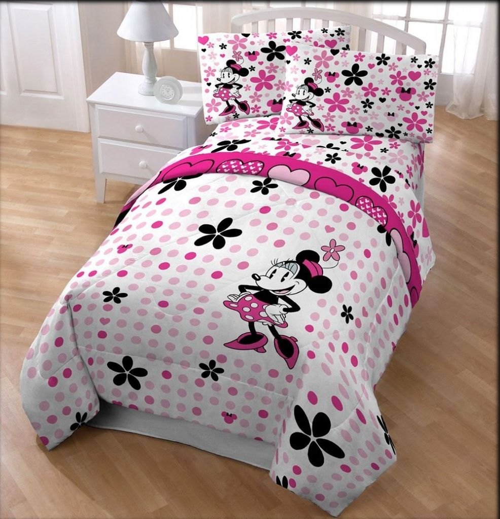 Pink Minnie Mouse Bedroom Decor I Need Help Decorating My Bedroom