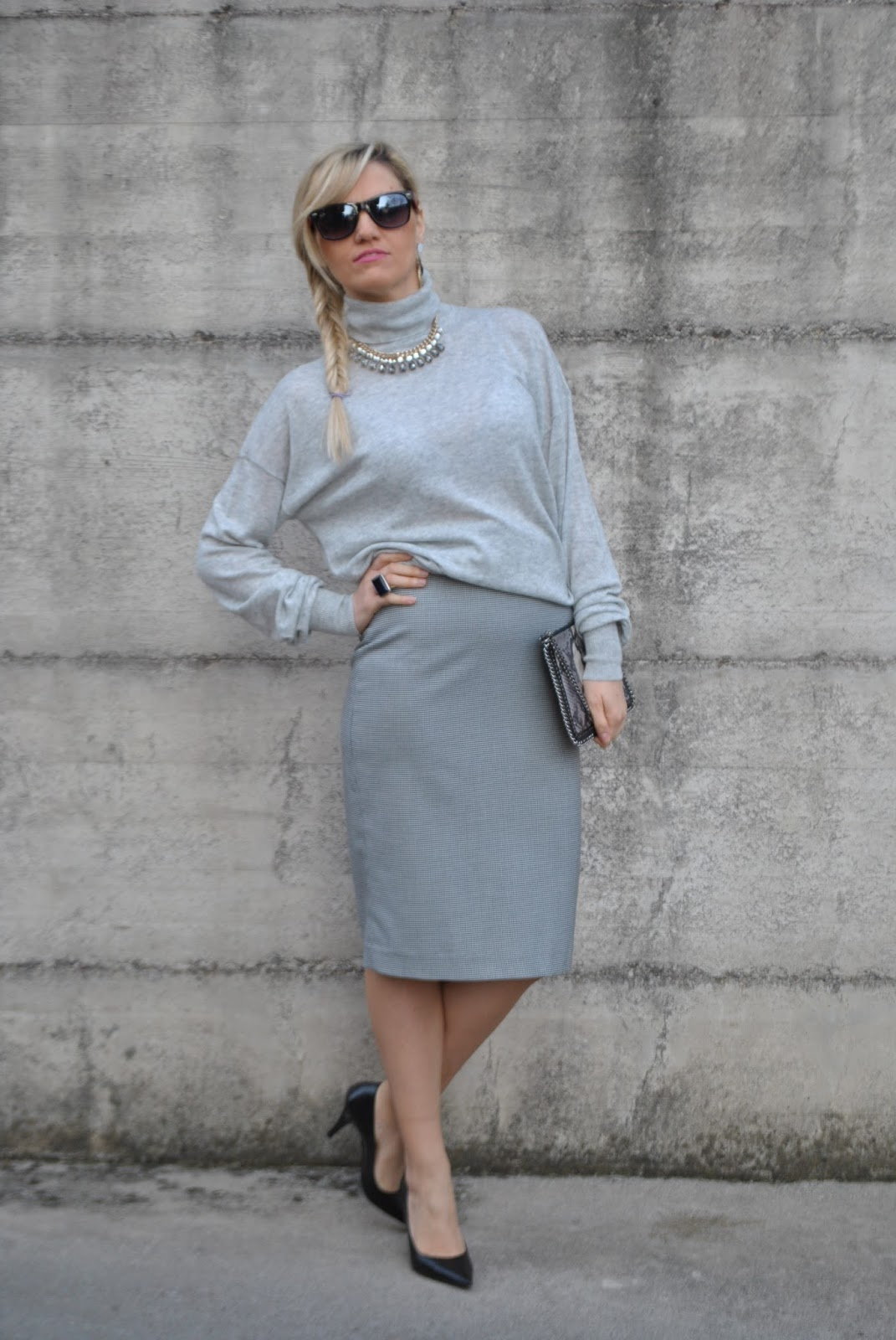 buy popular b9517 b434e Color-Block By FelyM.: OUTFIT: PENCIL SKIRT AND TURTLENECK ...