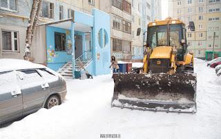 Куда уфимцам обратиться, если не чистят дворовую территорию