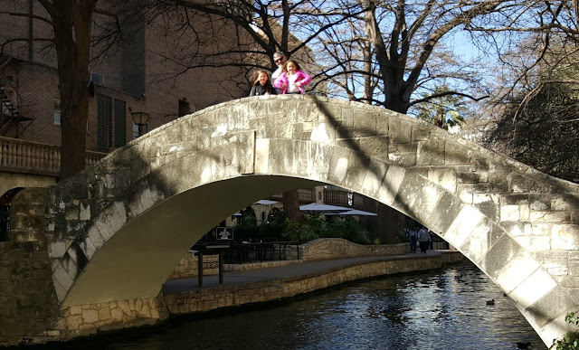 Bo, Izzy & Maggie on the Riverwalk