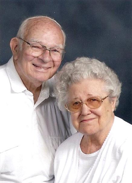Resultat d'imatges de granny and grandad