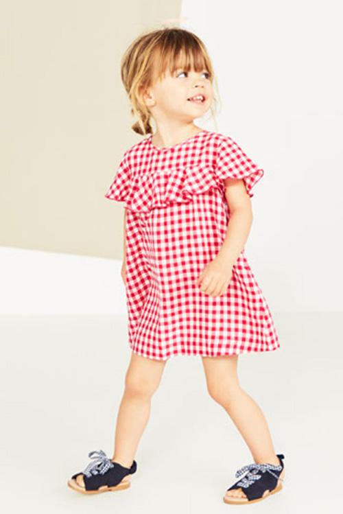 Vestidos para nenas tendencias internacionales de moda primavera verano 2018.
