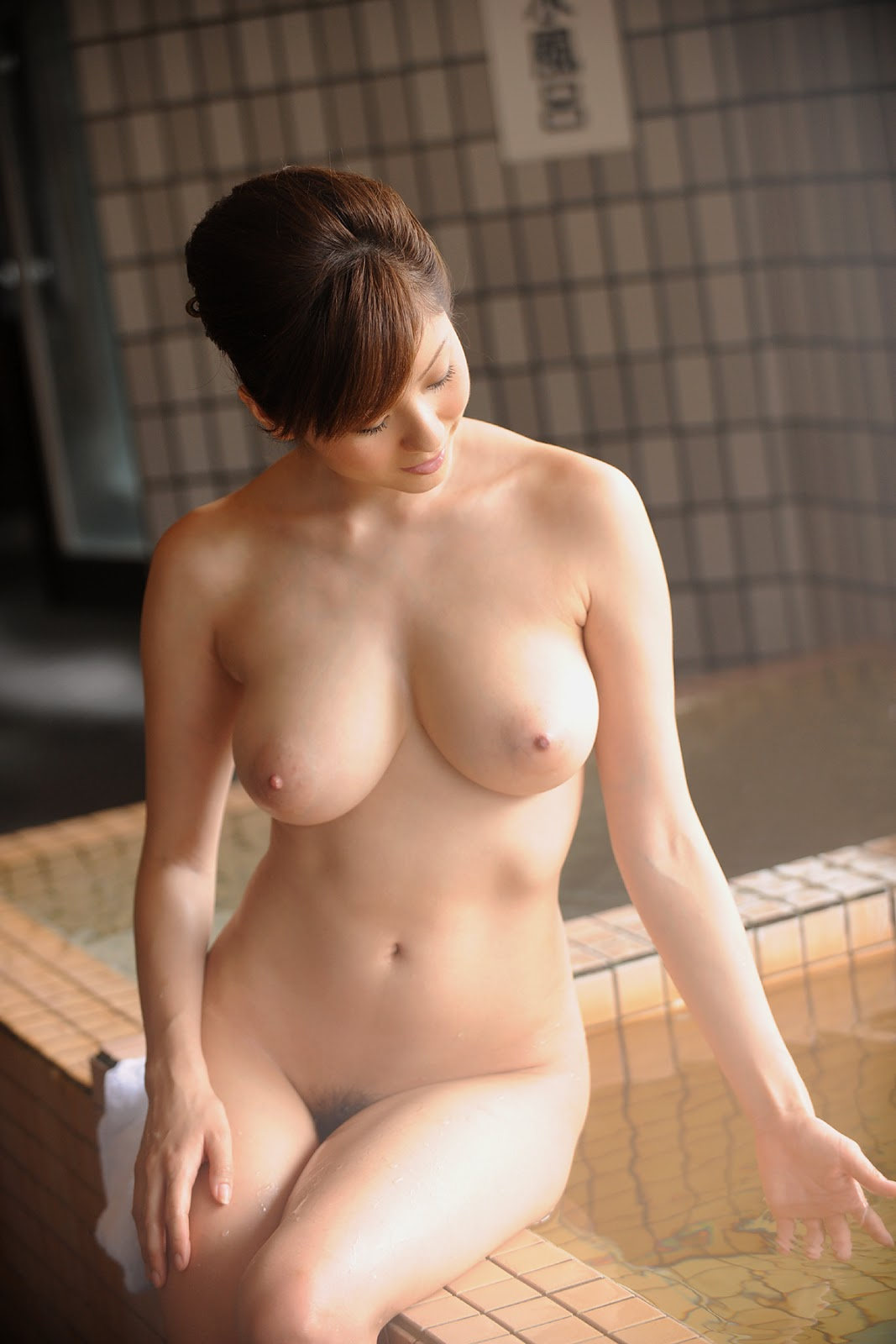 japanese bath house nude