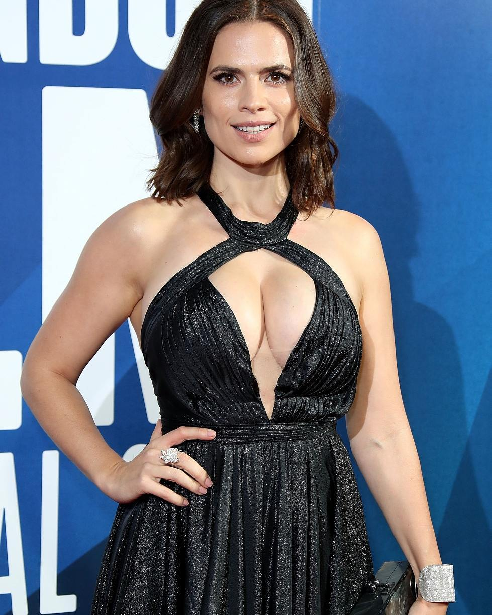 Hayley Atwell Hot Photos HD