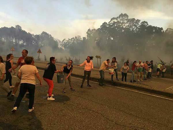 Dos personas muertas en Pontevedra, incendio Galicia