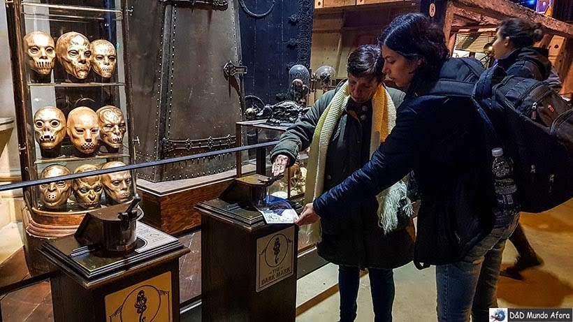 Carimbando o passaporte no estúdio do Harry Potter em Londres