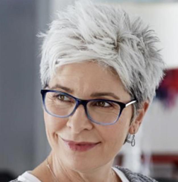 short hairstyles for older women 2021