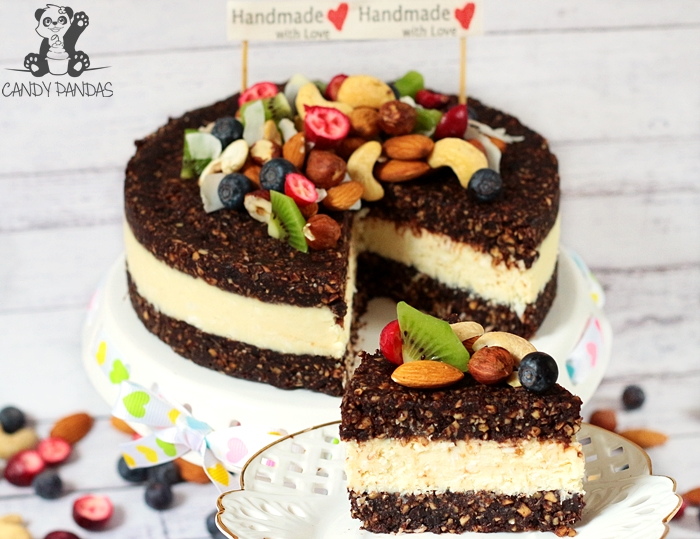"""Raw tort orzechowo-kokosowy (bez glutenu, cukru białego, laktozy, wegański) + Recenzja magazynu """"Bezbolesne Usuwanie Cukru z Diety"""""""