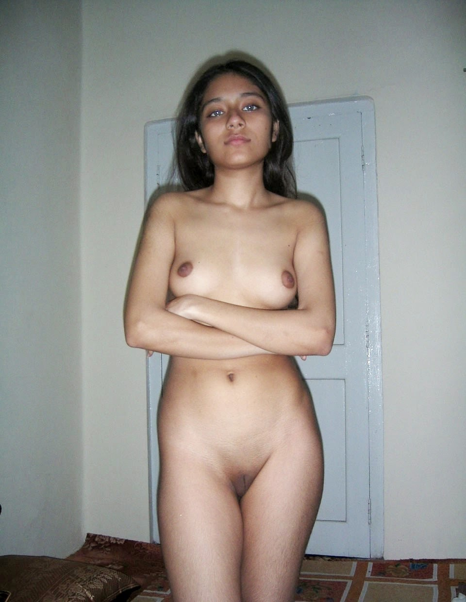 Nude girl with gauges