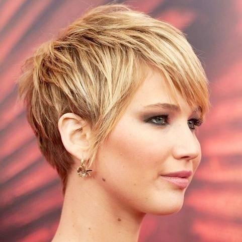 corte cabelo curto rosto oval