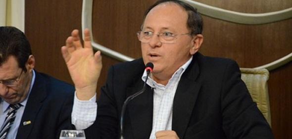 Resultado de imagem para Ex-prefeito de Lajes é eleito novo Presidente da Federação dos Municípios do RN