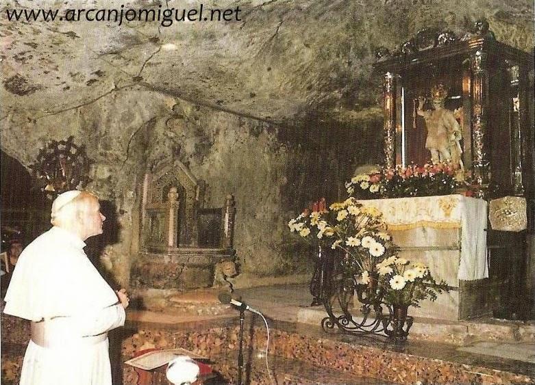 Aparição De São Miguel No Monte Gargano Na Itália Sma
