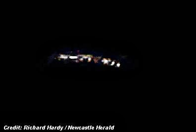 UFO(s) Photographed Over Lake Macquarie; Locals are Mystified (New South Wales, Australia) 11-8-13
