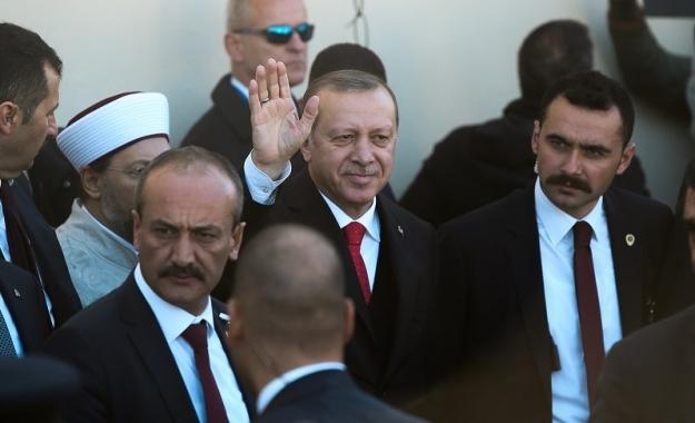 Αποτέλεσμα εικόνας για Τουρκία: Δυο νομοθετικά διατάγματα για έναν εμφύλιο