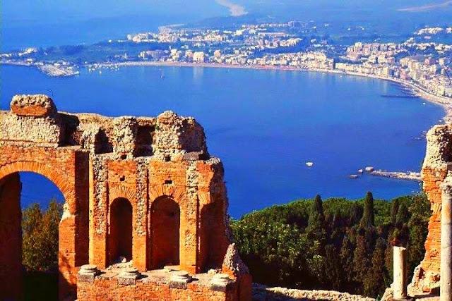 Giardini-Naxos-Sicily