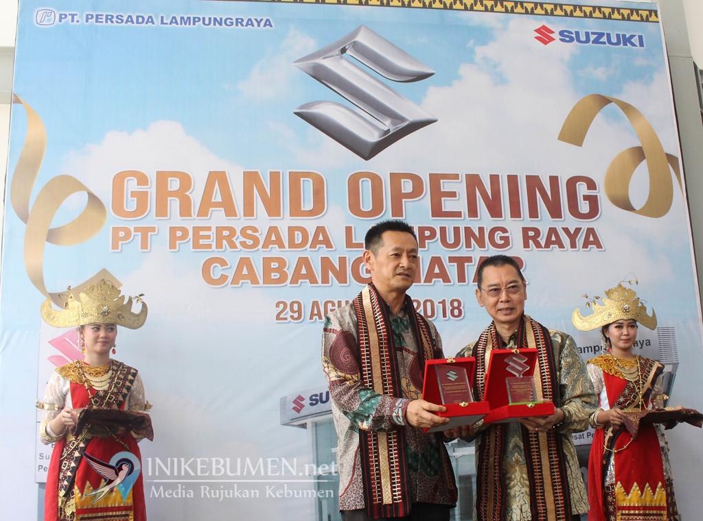 Lebih Dekat dengan Konsumen, Suzuki Buka Outlet ke-326 di Lampung Selatan