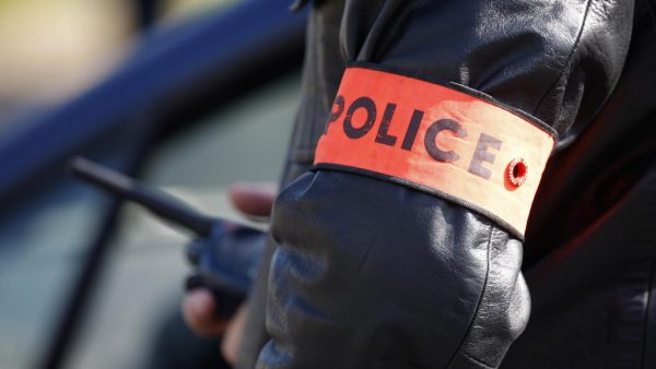 أمن مراكش يعتقل خمسينيا بتهمة التحريض على الدعارة والتحرش بقاصرات