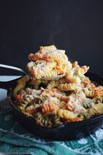 Most Viewed Recipe of the Week | Ham and Cheese Skillet Pasta from Living the Gourmet #recipe #SecretRecipeClub #pasta #ham