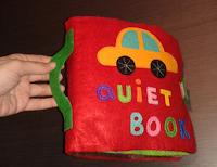 Quiet book o cuento de fieltro cosido a mano con asa