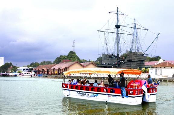 Melaka banyak tempat menarik untuk dikunjungi